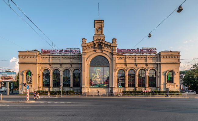 Варшавский вокзал в Санкт-Петербурге